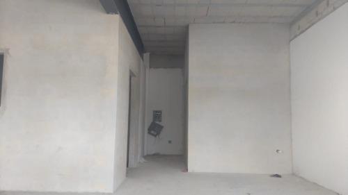 local en renta  ubicado en altabrisa merida