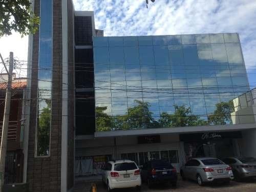 local en segundo piso en edificio comercial