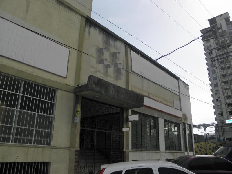 local en venta av. bolivar valencia carabobo 19-15968  prr