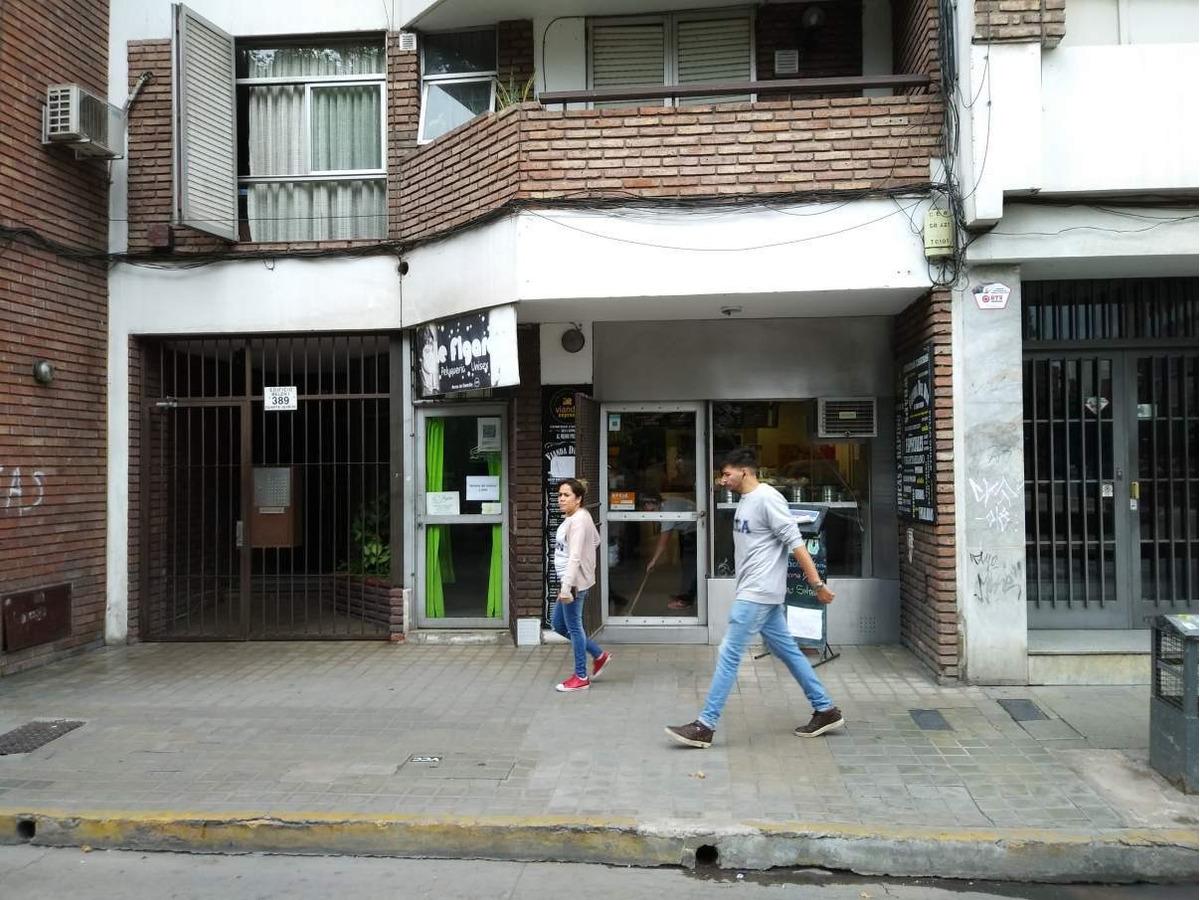 local en venta en centro - duarte quiros al 300 fte. plaza intendencia