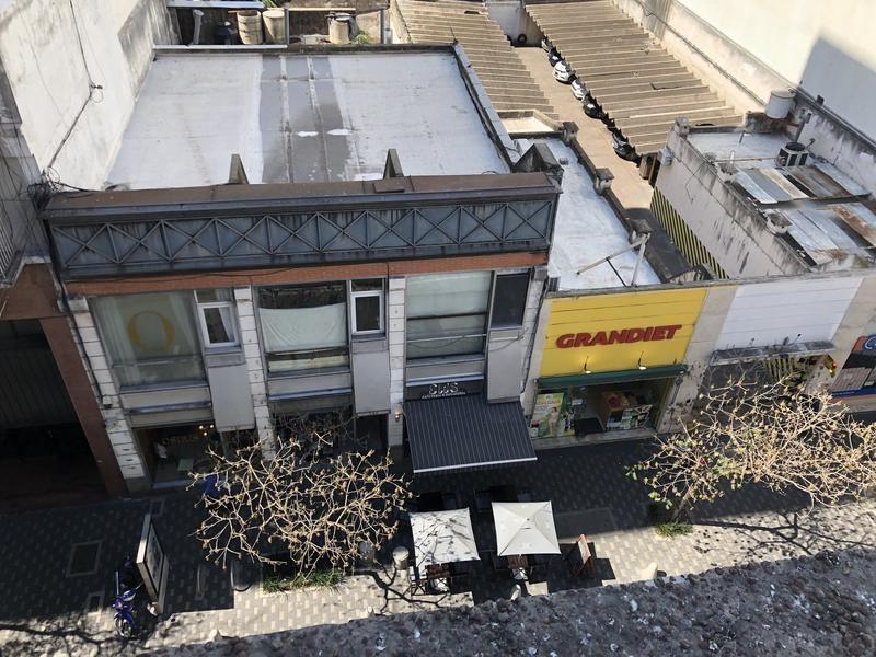 local en venta- sarmiento 730 - 880m2 - ideal instituciones