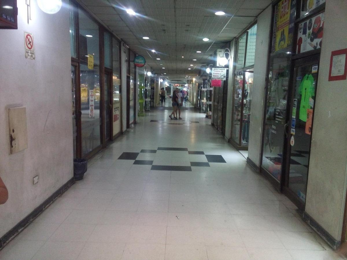 local  frente a estacion galeria cosmos a mts de cuzco