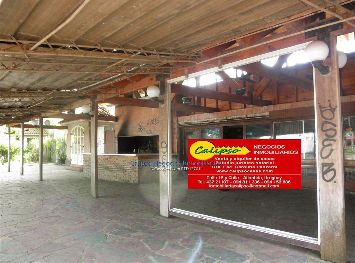 local frente al casino de atlantida- inmobiliaria calipso
