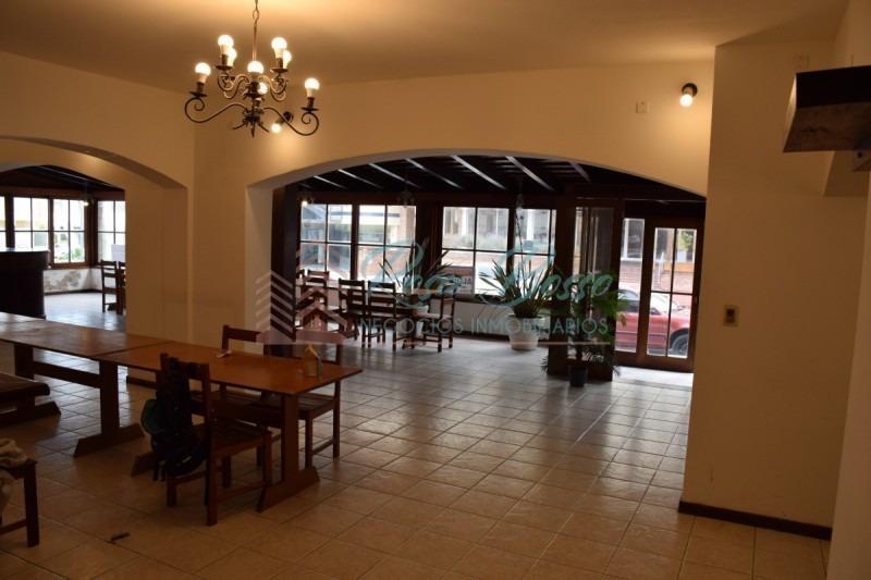 local gastronomico -ref:4959
