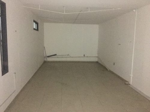 local interior en pb 22m2 frente a oficinas fovissste