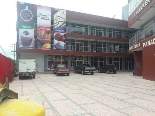 local nuevo en planta baja en plaza comercial