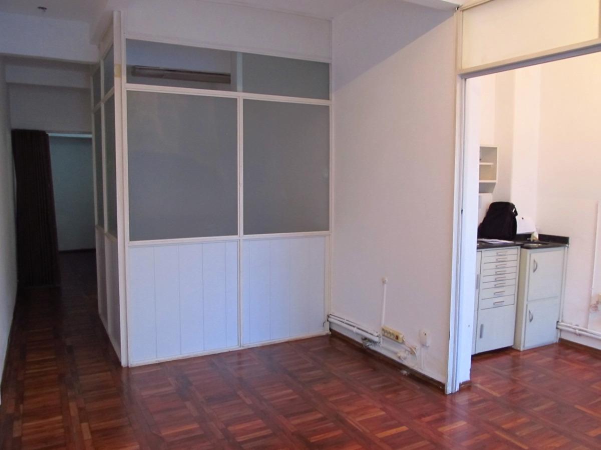 local, oficina, consultorio al frente en pl baja. prox 18