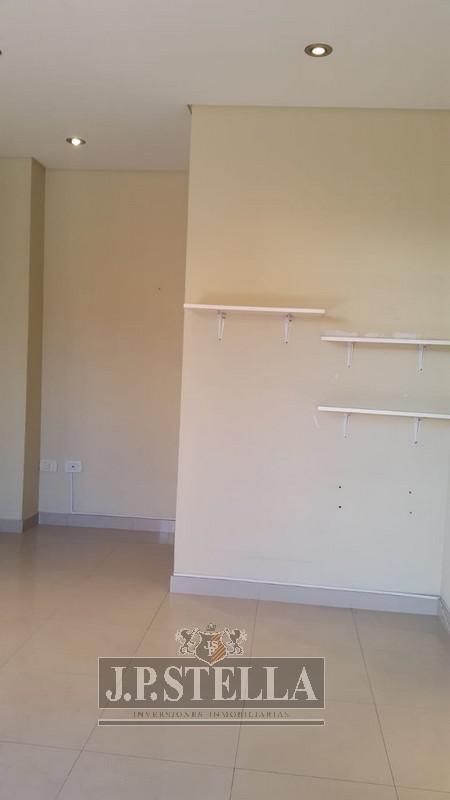 local / oficina de 16 m² con toillete - ideal inversor - s.justo (ctro)