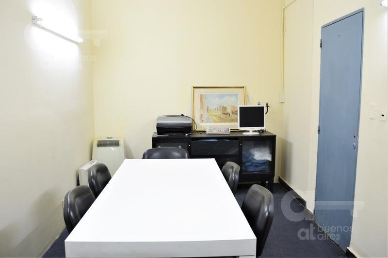 local, oficina, o depósito, en pleno recoleta. apto todo destino.