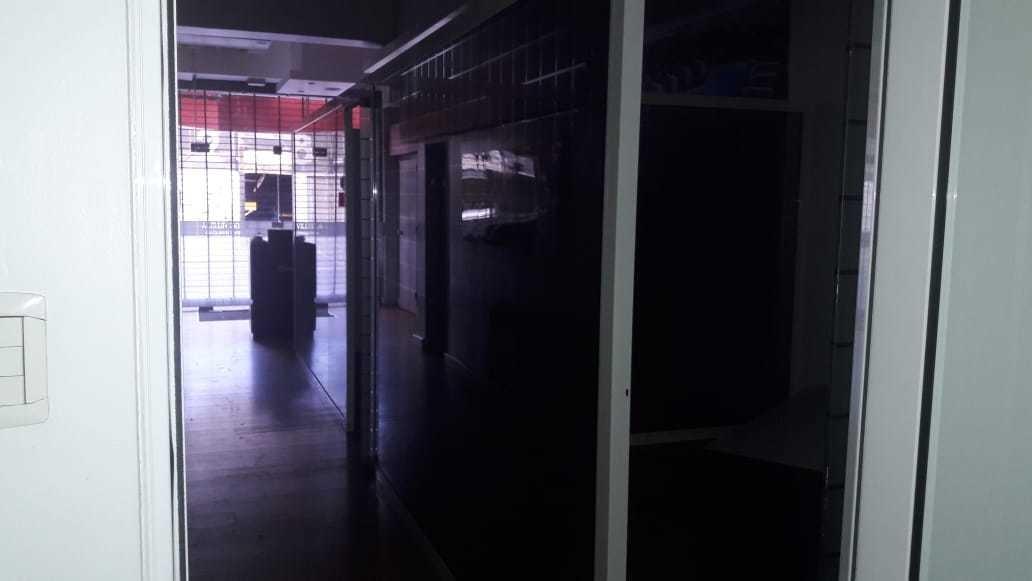 local/ oficinas rondeau 30 nva cba 100 mts.sin expensas