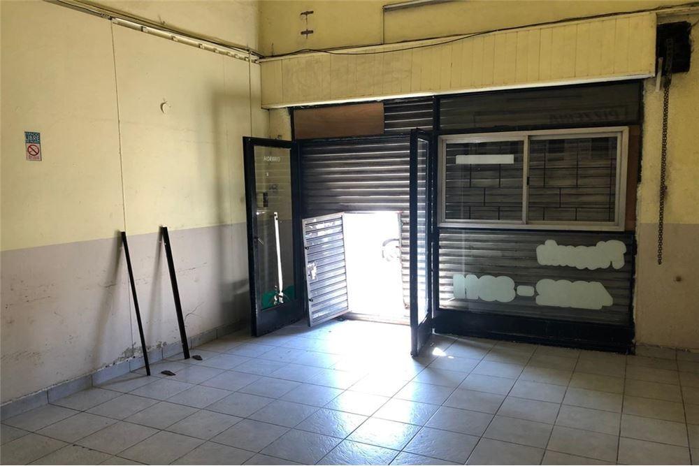 local opción depto. venta villa industriales 56 m2