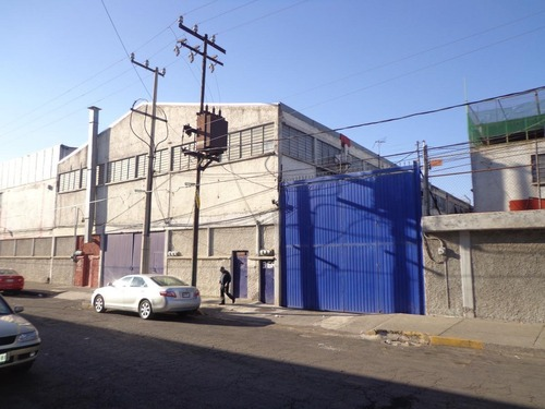 local para industria ligera u oficinas en renta