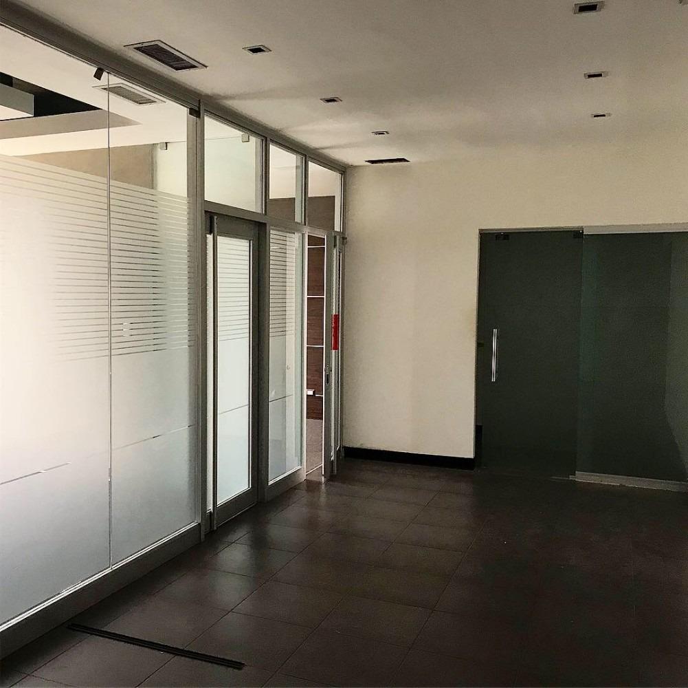local para oficina en la abraham lincoln