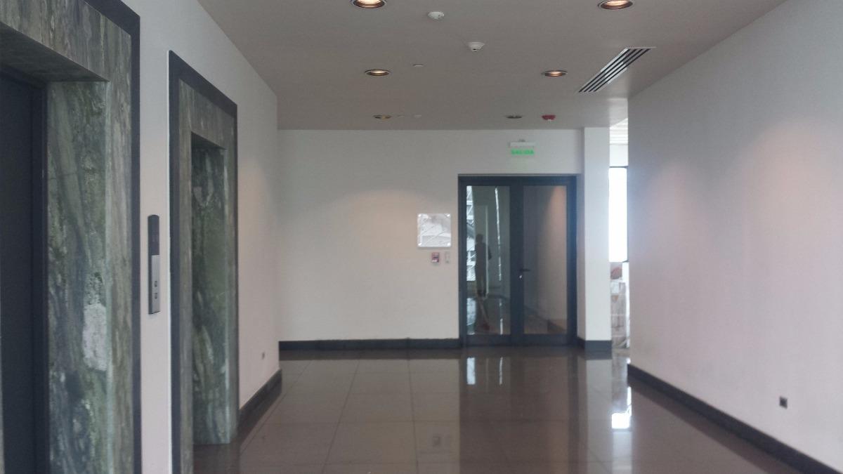 local para oficina en serralles -148 metros