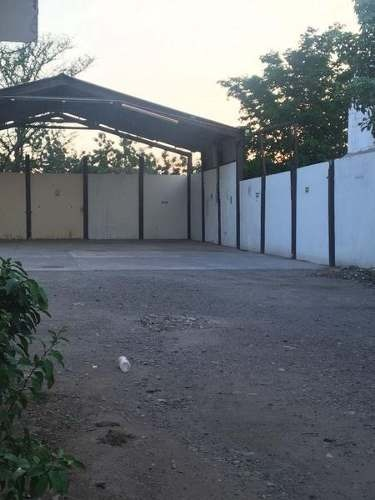 local por avenida obregon