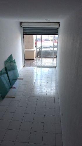 local renta planta baja plaza las palmas 47m2 $11,000