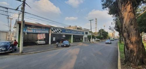 local  super ubicado sobre avenida