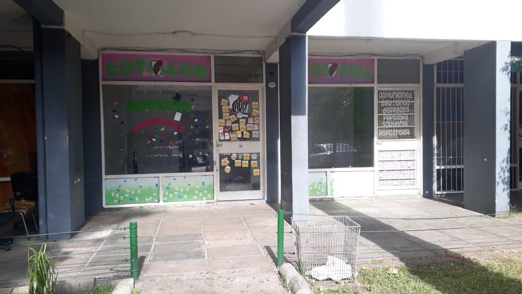 local - villa raffo