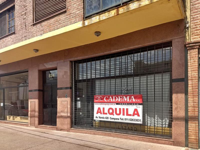 local y oficinas en alquiler 80 m2 en campana centro a dos cuadras de la plaza. 3 oficinas. patio