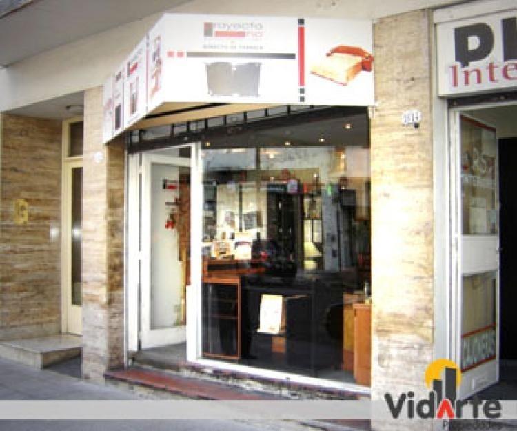 local zona mueblerías villa gral mitre alquiler!
