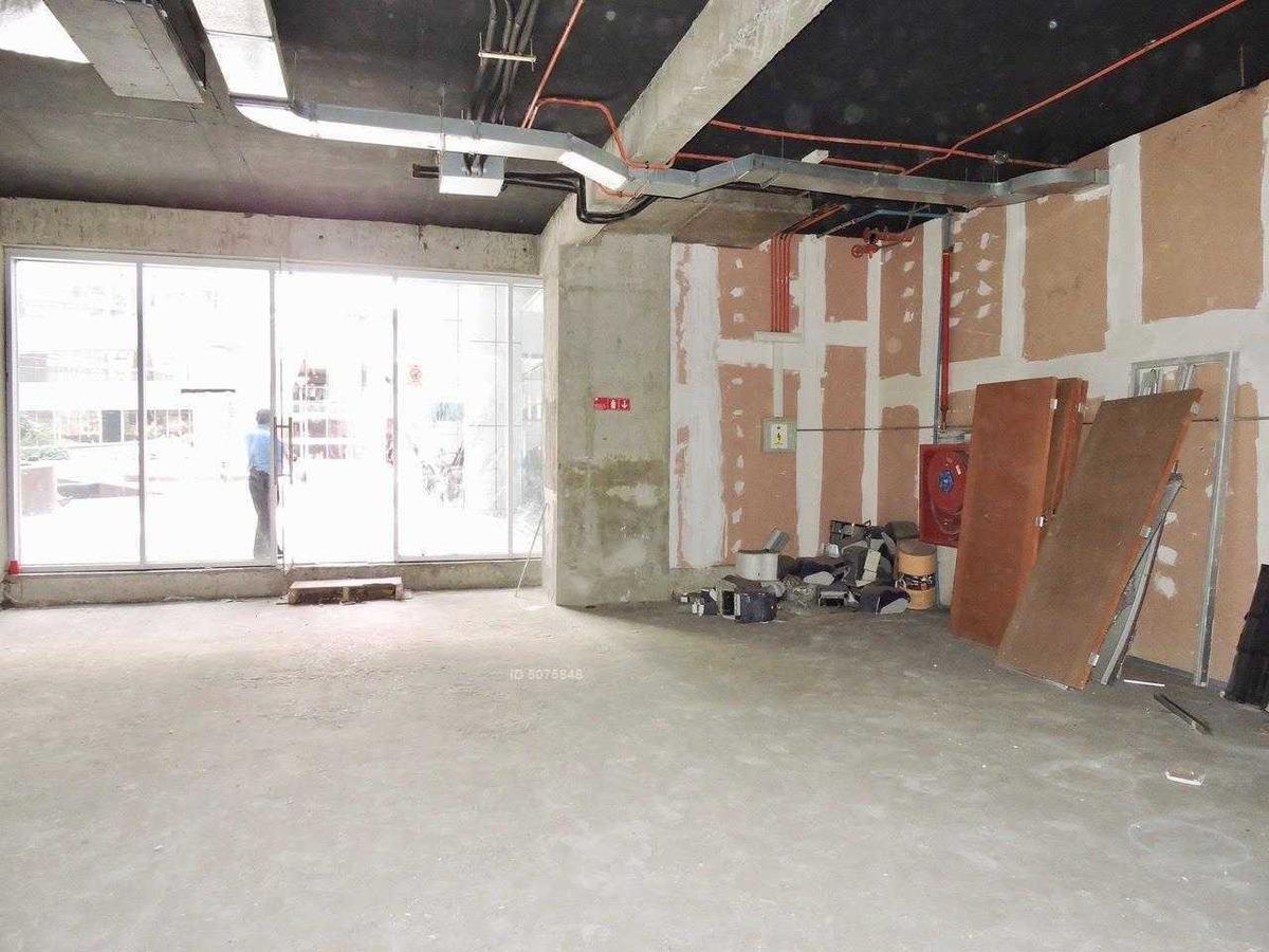locale comerciale en arriendo metro tobalaba - nuevo!! 190 m2
