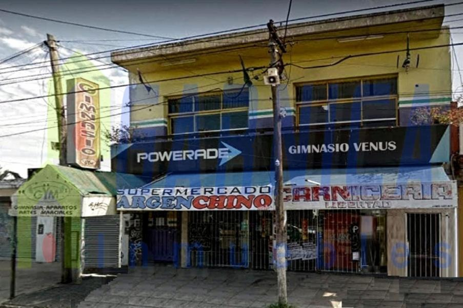 locales comerciales de 700 mts2 en planta baja y planta alta
