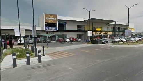 locales comerciales en av. vallarta a un costado del tecnology park