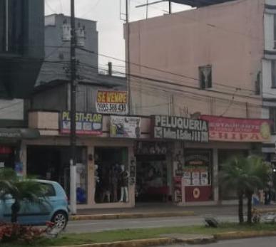 locales comerciales frente al terminal terrestre sto domingo