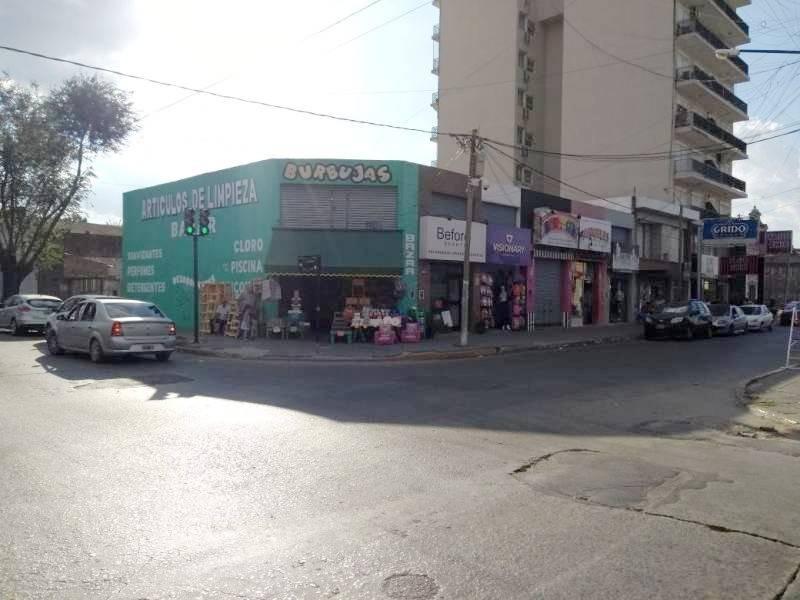 locales comerciales venta pilar