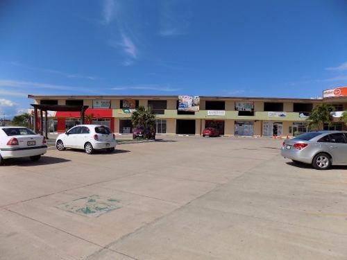 locales en renta, plaza san javier, col. lomas de barrillas, coatzacoalcos, veracruz