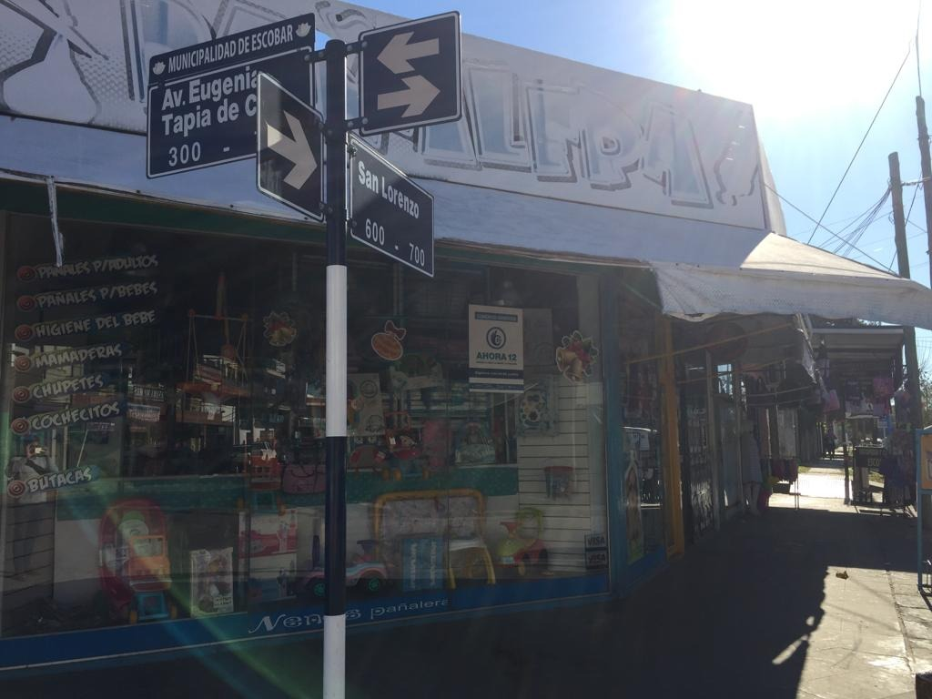 locales en venta tapia de cruz esquina san lorenzo