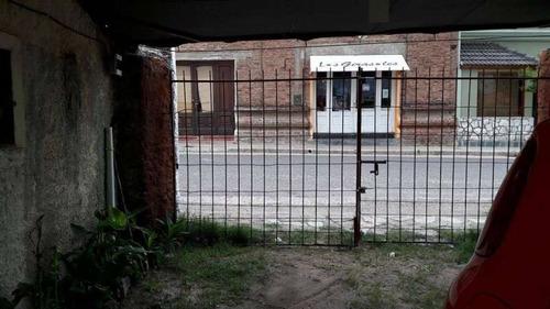 locales y casa en calle 24 de setiembre y sarmiento - achiras - cordoba - testeo no ofertar