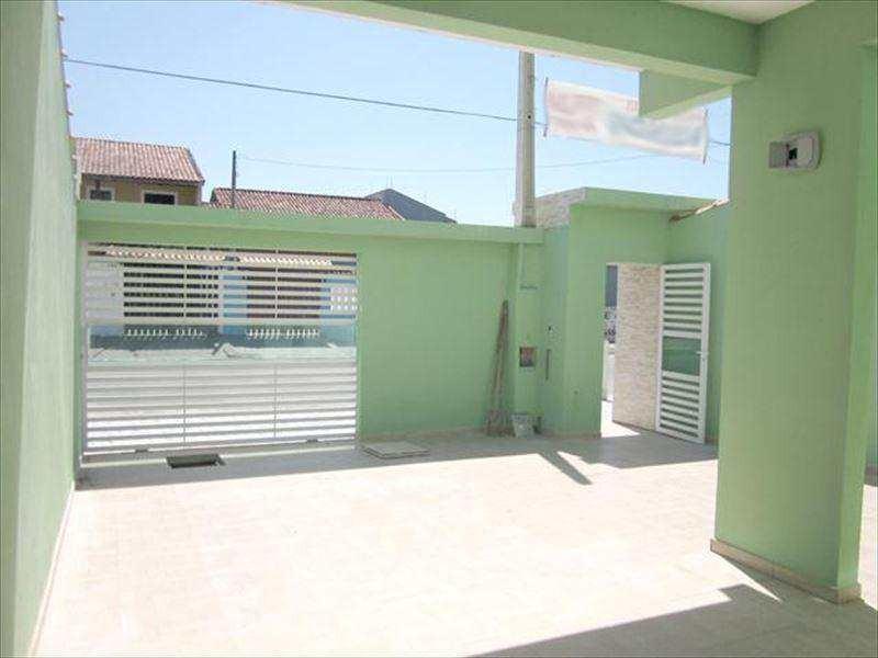localização: casa no bairro gaivota, ficando aproximadamente 10 km do centro da cidade de itanhaem, e 15 km da cidade de peruibe, casa bem localizada, fácil acesso, proximo de linhas de onibus, farma