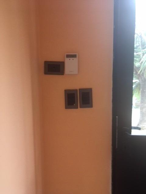 local/oficina al frente multiples usos con depósito opcional