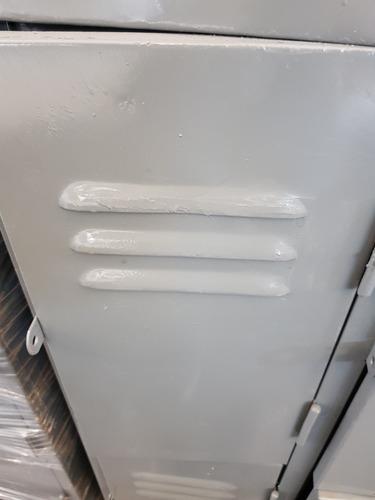 locker bolsero de 12 puertas reforzado.
