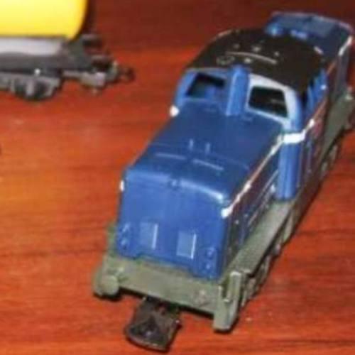 locomotora playa de maniobras  tren de carga  linea sncf
