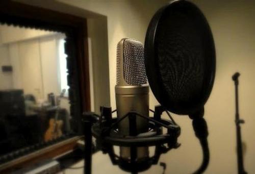 locutora integral de radio y tv iser