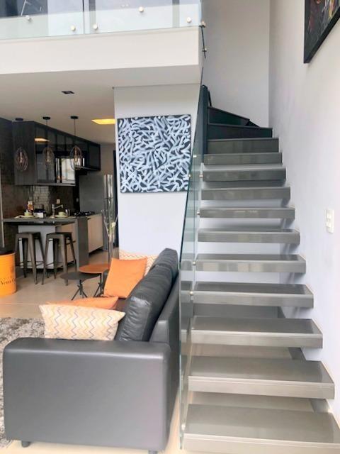 loft com 2 dormitórios à venda, 124 m² por r$ 680.000 - granja viana - cotia/sp - lf0047