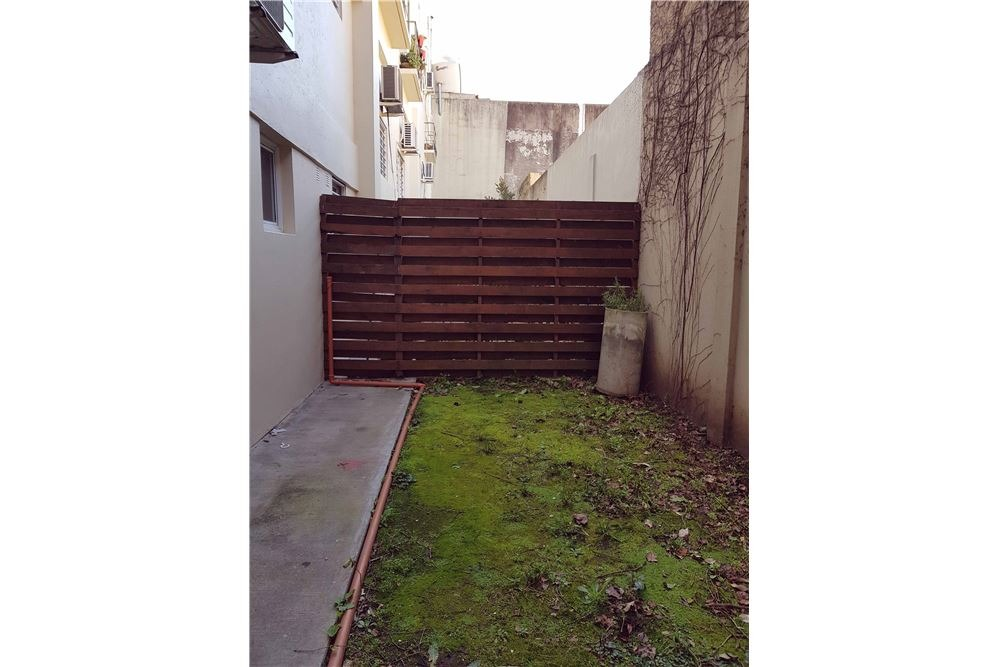 loft en venta con jardin, amenities y cochera