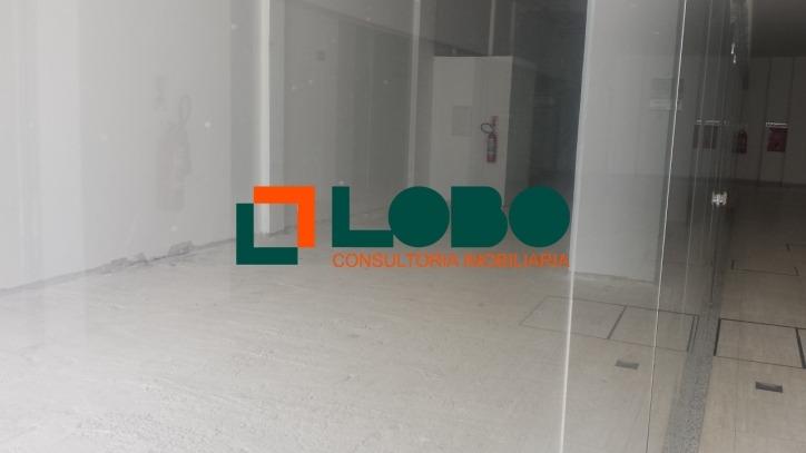 loja com 200 m² de frente, localização privilegiada  - 126