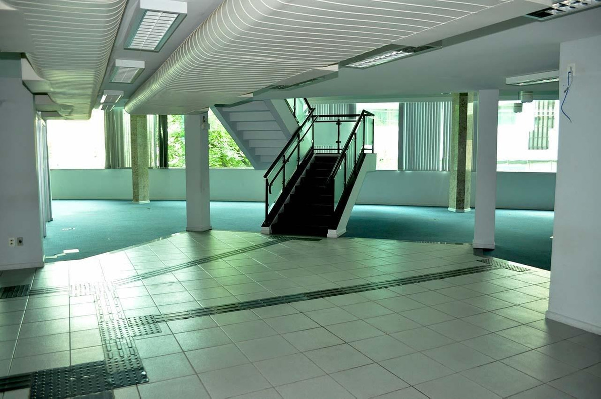 loja com ótima localização  1.137,27m² - 72899