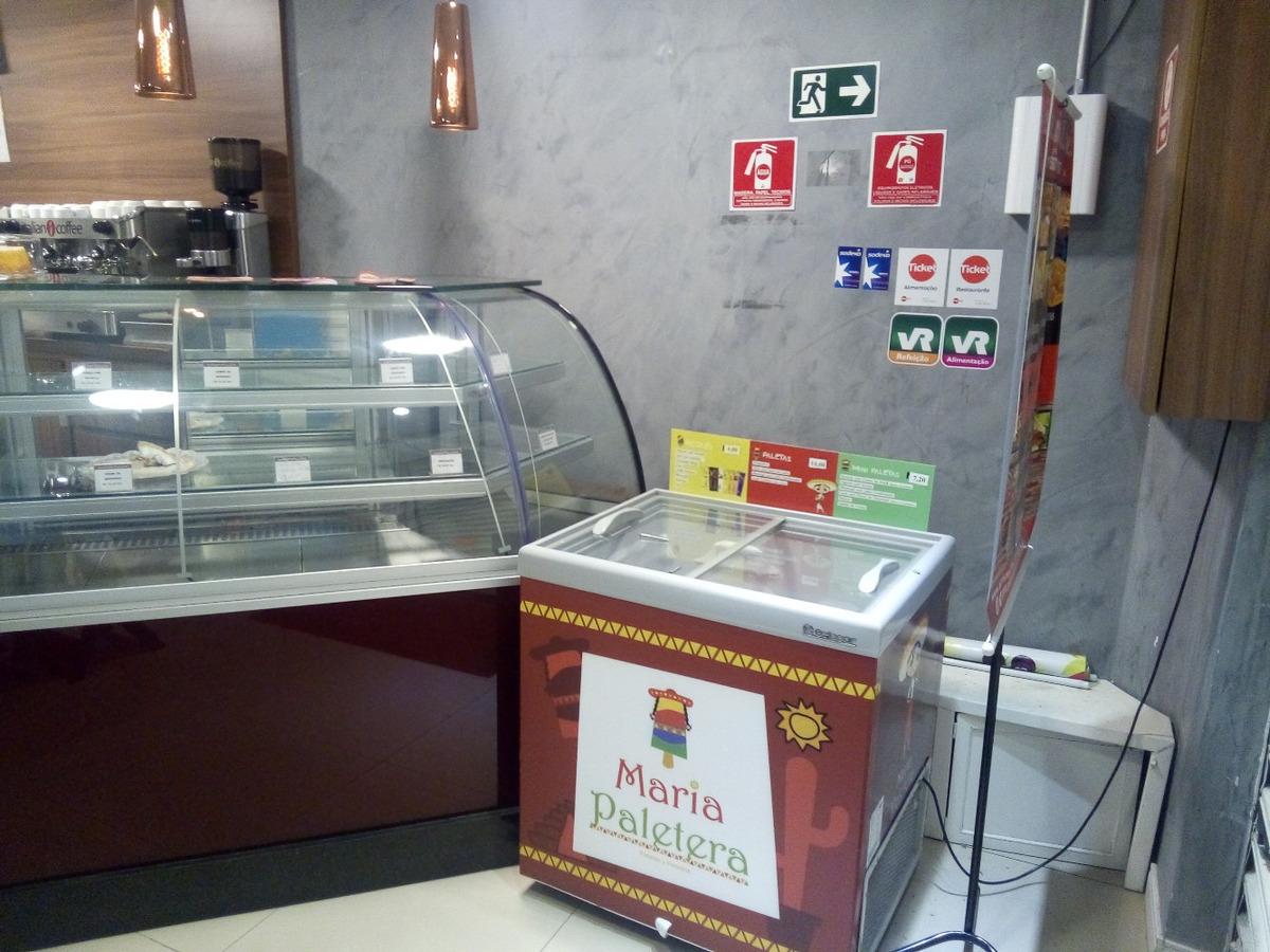 loja comercial (confeitaria/cafeteria)