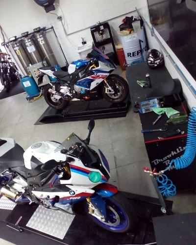loja de peças e acessórios, lavagem de motos e oficina