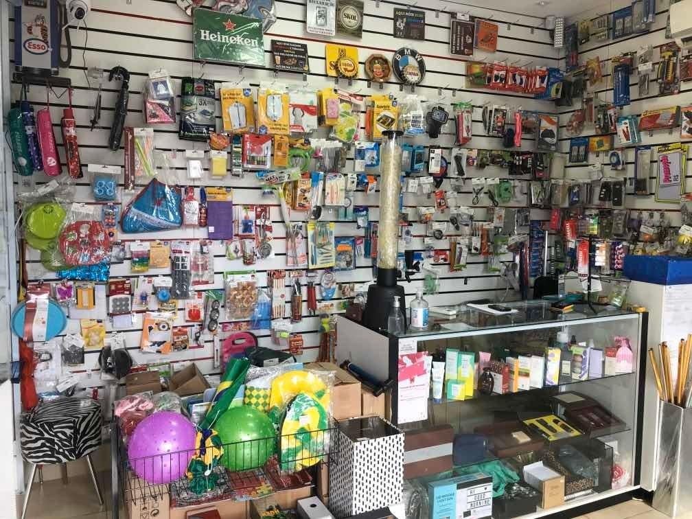 loja de presentes e eletrônicos