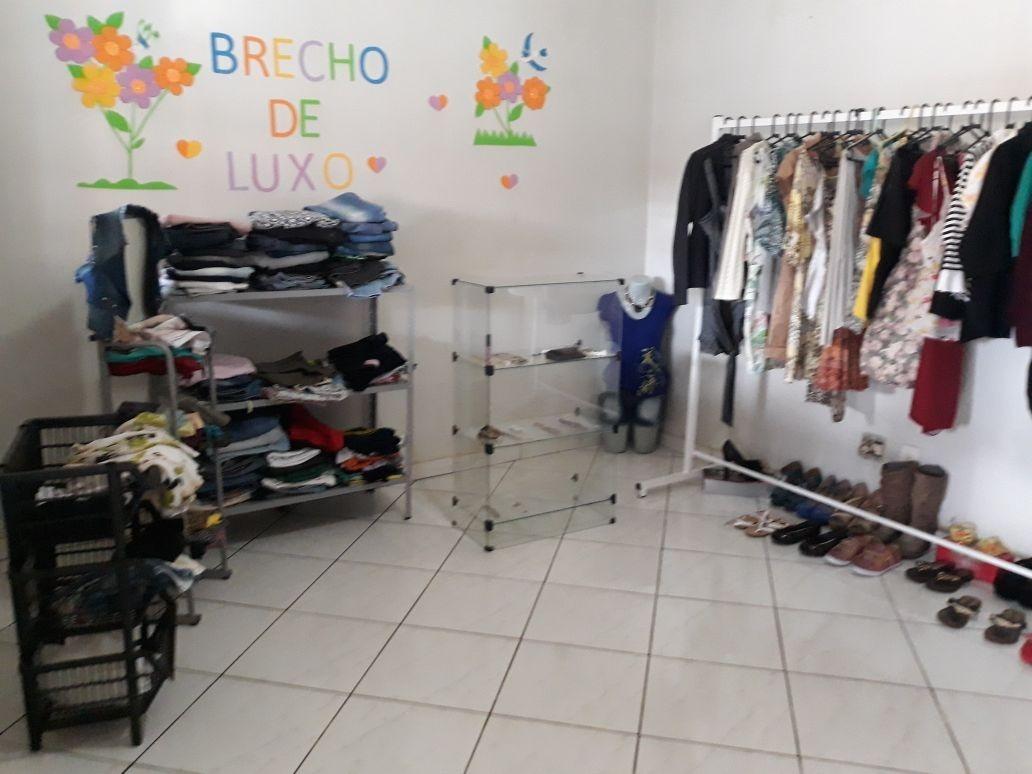 5937aceb9f4a Loja De Roupas Masculinas E Femininas Para Blecho - R$ 2.500,00 em ...