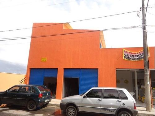 loja do meio +- 40 m² com banho. - 375