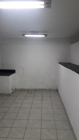 loja na frei gaspar - mais de 300 m² - 394