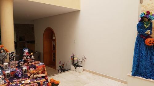 lomas axomiatla, espectacular casa con alberca techada en ¨la cima¨