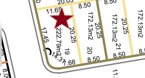 lomas de la rioja, terreno en venta en esquina de 222.79 m2, circ. puerta del sol