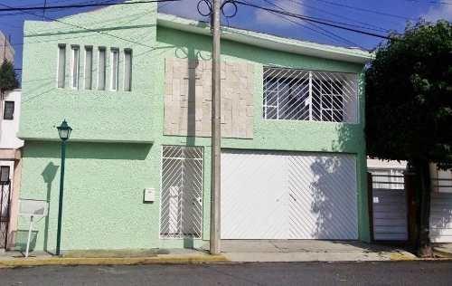 lomas verdes: casa en venta en gran ubicación.